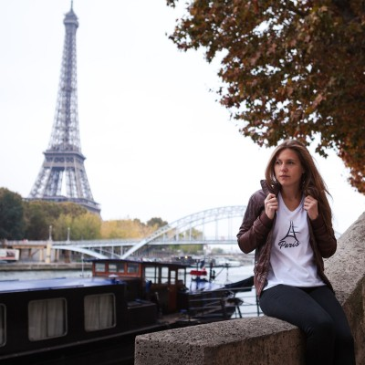 T-shirt Paris col V
